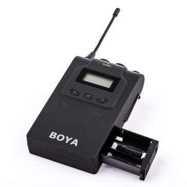 Boya BY-WM8 Duo UHF Wireless Lavalier Microphone for Canon LEGRIA HF M31